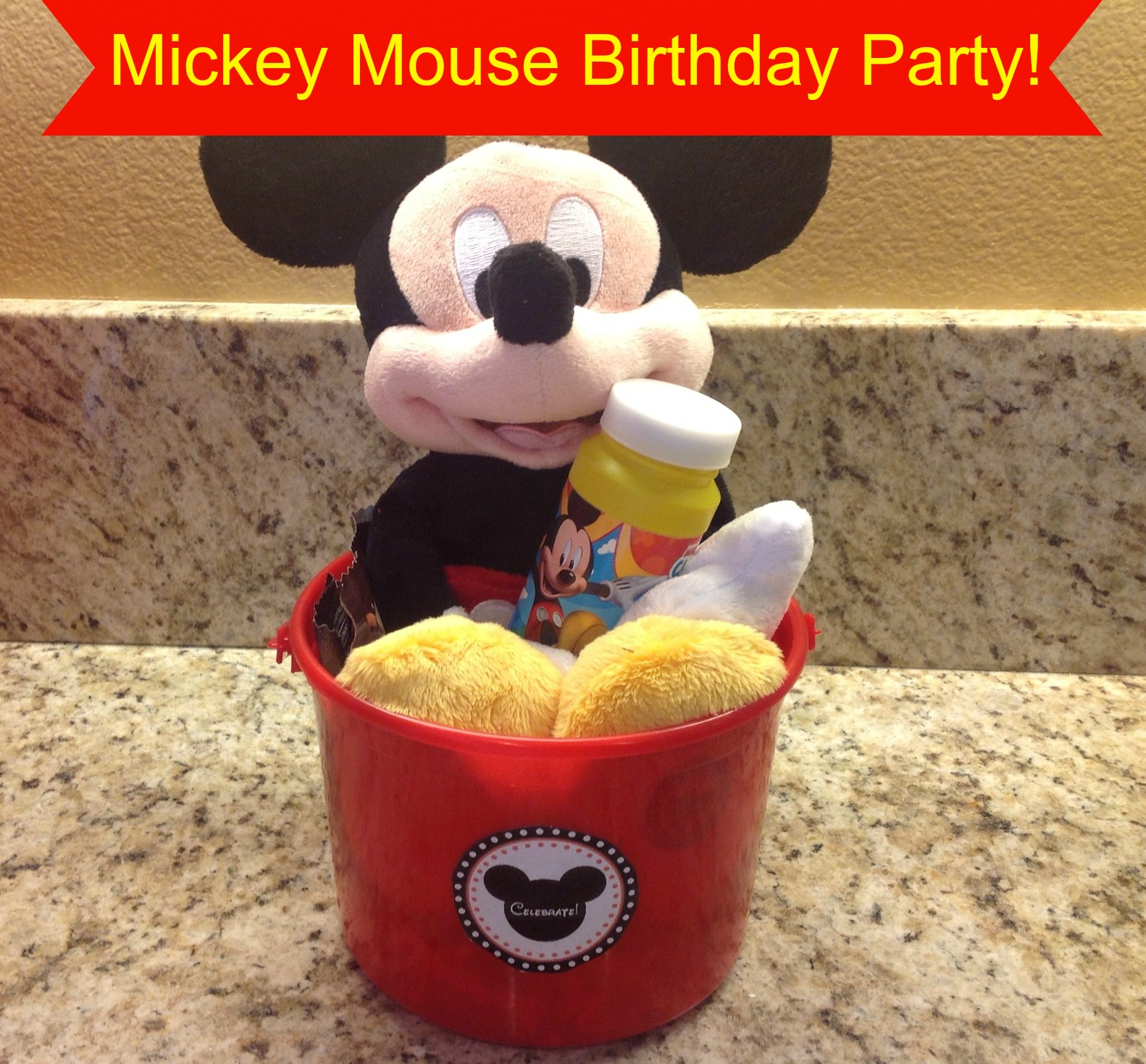 Mickey Mouse Birthday Party Theme Image